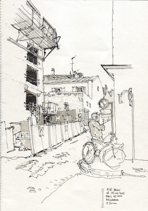 Paris, rue Dalou, un bout de chantier, un bonhomme et un vélo